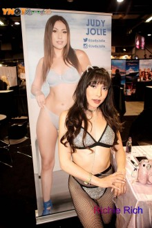 adultcon_chicago19_006