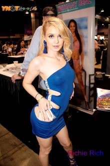 adultcon_chicago19_013