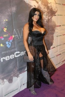exxotica_nj2017_inkedawards015