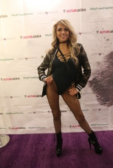 exxotica_nj2017_inkedawards022