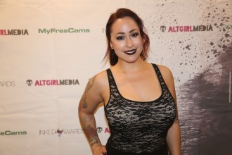 exxotica_nj2017_inkedawards028
