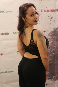 exxotica_nj2017_inkedawards029
