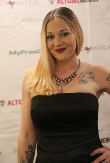 exxotica_nj2017_inkedawards030
