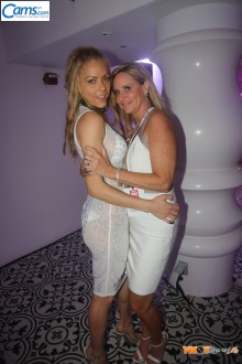 miami18_whiteparty220